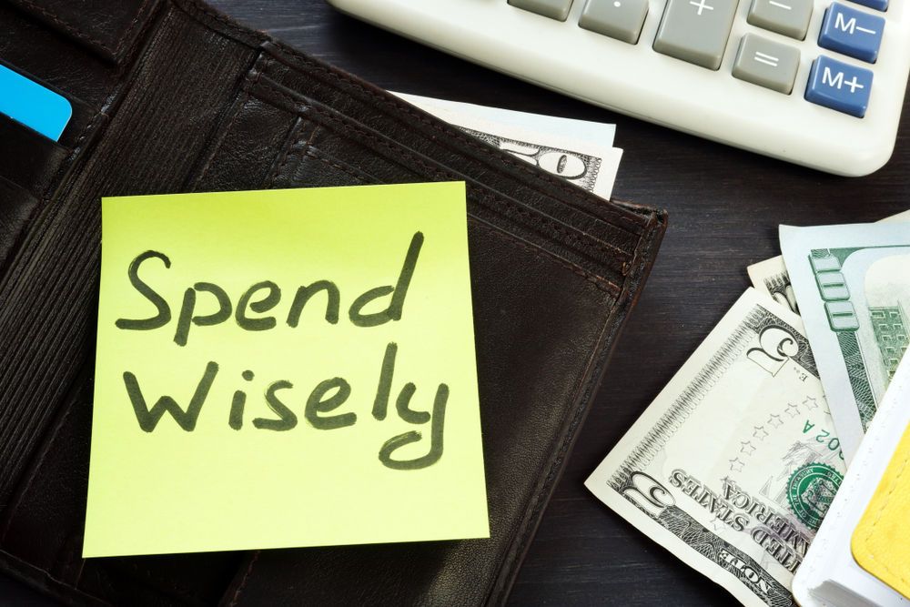 11 Tips to Spend Money Wisely