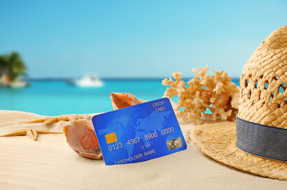 8 Reasons Why You Should Use Your Credit Card While Traveling